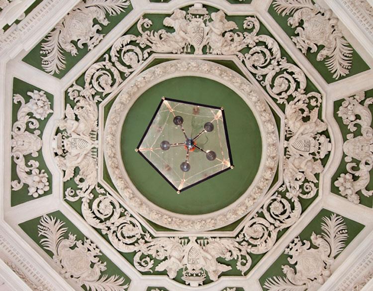 Château de Suze-la-Rousse • Les Châteaux de la Drôme
