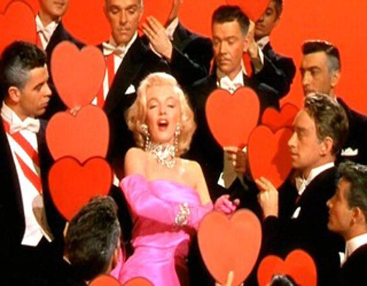 Critique : Les hommes prfrent les blondes, un film de